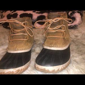 sorel waterproof boots!